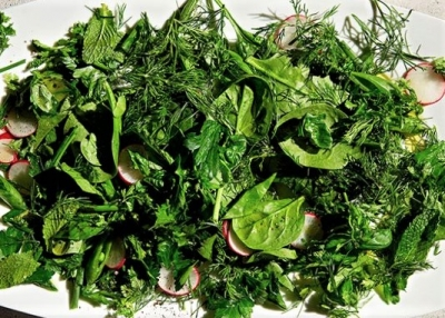 Herbs for Spring Salads